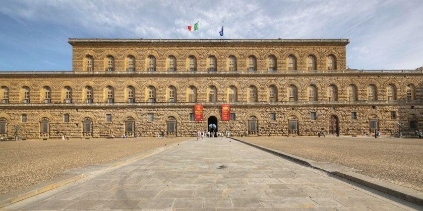 palazzo-pitti-facade